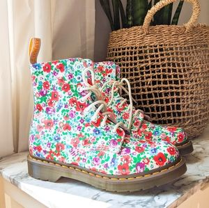 RATE Dr Martens Pascal Wild Poppy Floral Boot 6